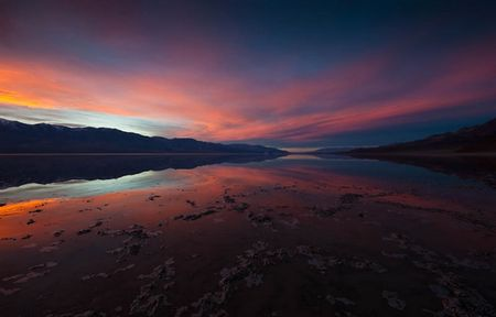 Badwater, Death Valley © Peter Sennhauser