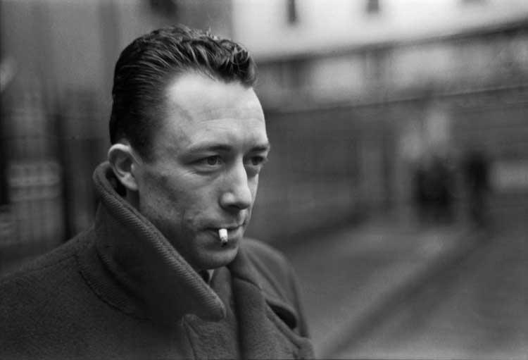 Der französische Autor Albert Camus, Paris, 1944