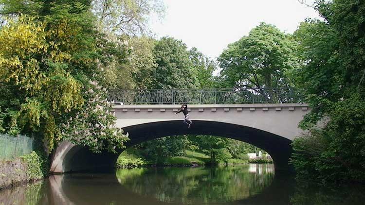Sebastian Stumpf: Fotograf springt von Brücke