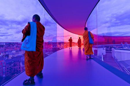 Lichtbild: Die Kutten der Mönche