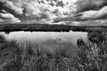 Seespiegelung: Ein Loch unterm Himmel