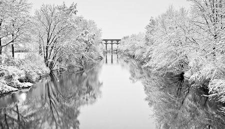 Landschaftsfotografie: Viadukt im Winter
