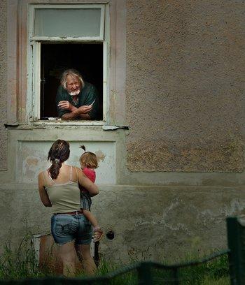 Schnappschuss: Dorftratsch mit Blick in die Zukunft