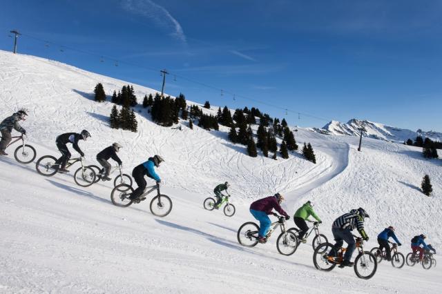 Bikerennen im Schnee, Villars (keystone)
