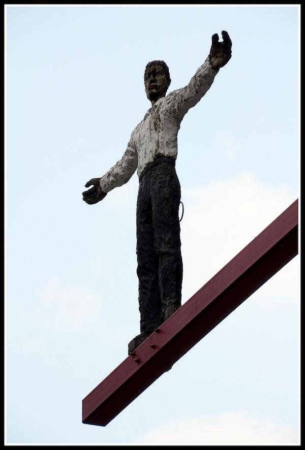 Strassenfotografie: Der Mann im Himmel