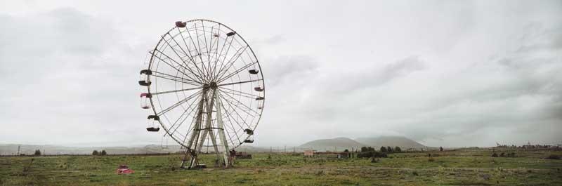 Wim Wenders: Ferris Wheel, Armenia, 2008. C-Print. 151.3 x 348 cm. Courtesy Wenders Images.