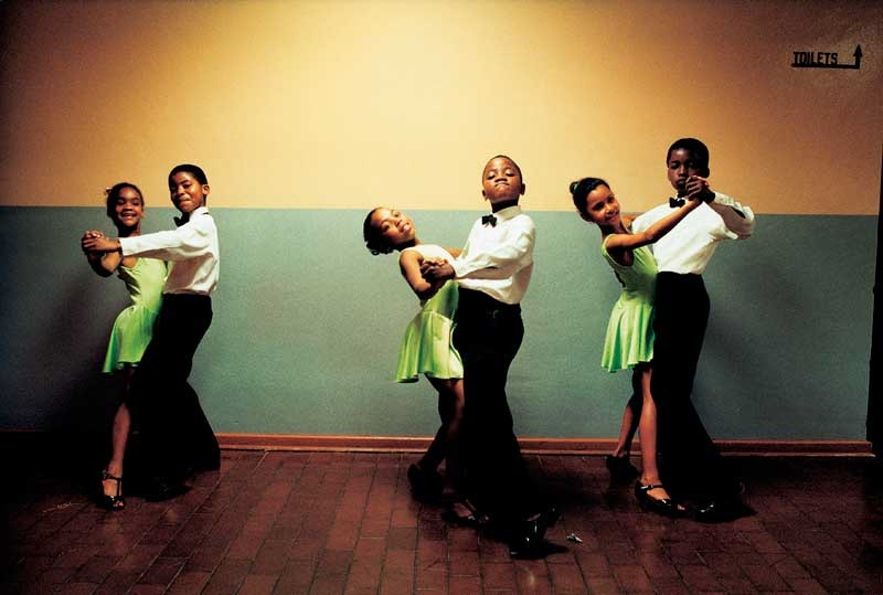 Jodi Bieber: One two three and ... The Ennerdale Academy of Dance, Ennerdale, south of Johannesburg, 1997; Courtesy of Jodi Bieber and the Goodman Gallery