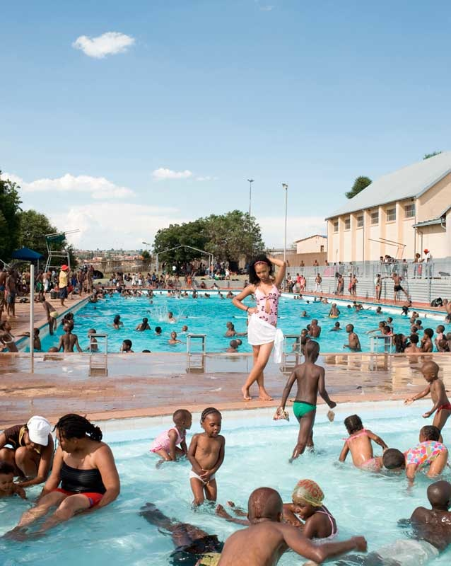 Jodi Bieber: Orlando West Swimming Pool, Orlando West, Soweto, 2009; Courtesy of Jodi Bieber and the Goodman Gallery