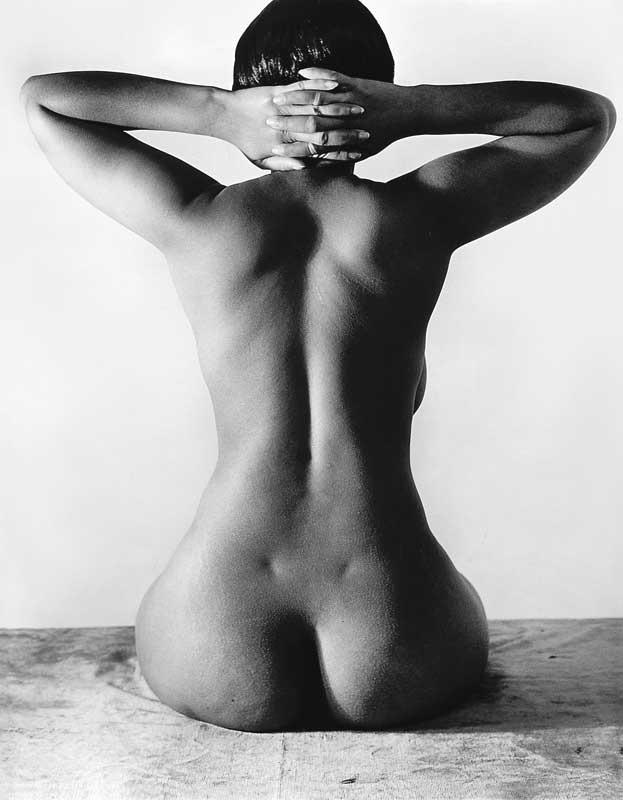 Nude / Akt, 1939 © Imogen Cunningham Trust