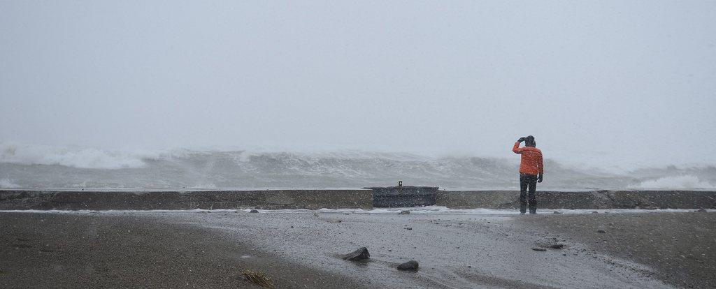 Stürmische See vor Scituate, USA /Keystone/EPA/CJ Gunther)