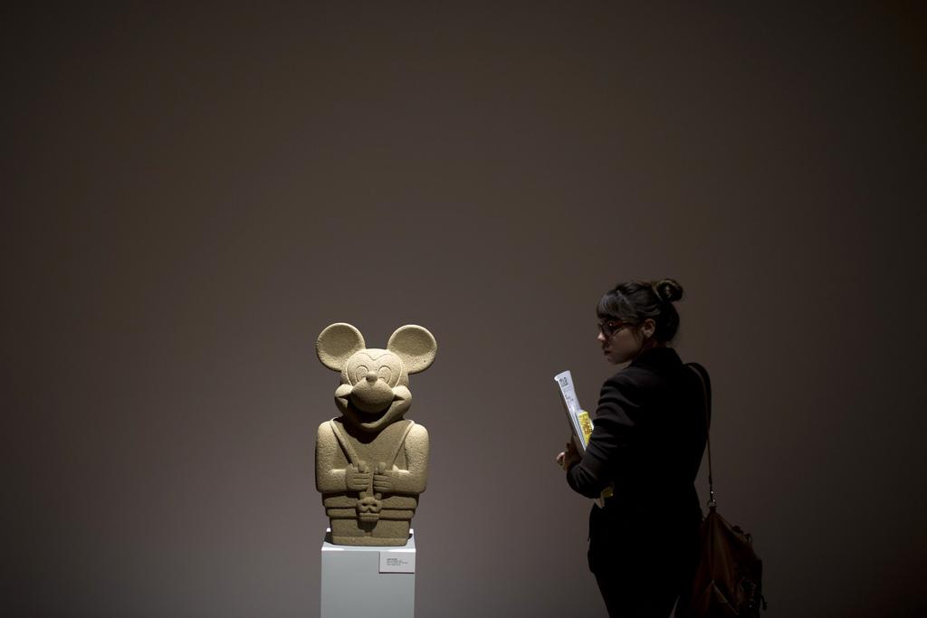 Ausstellung «Idol with Skull» in Rio de Janeiro, Brasilien (Keystone/AP Photo/Felipe Dana)