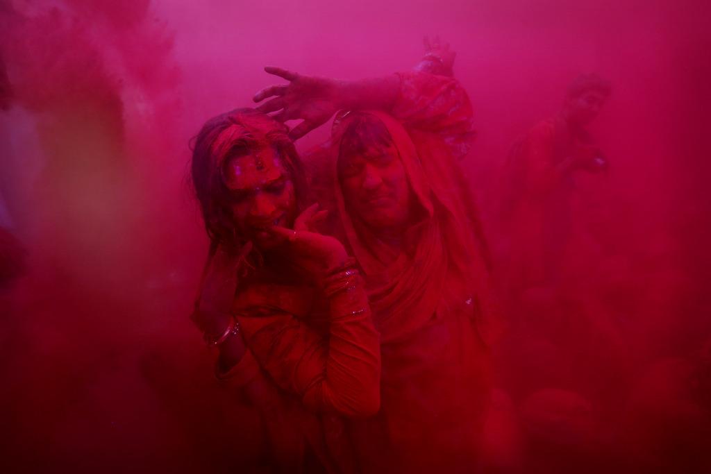 Lathmar Holy Festival in  Neu Delhi, Indien (Keystone/AP Photo/Kevin Frayer)