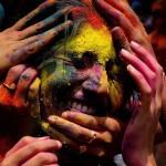 Das farbenprächtige Holi Fest in Bangalore, Indien (Keystone/EPA/Jagadeesh NV)
