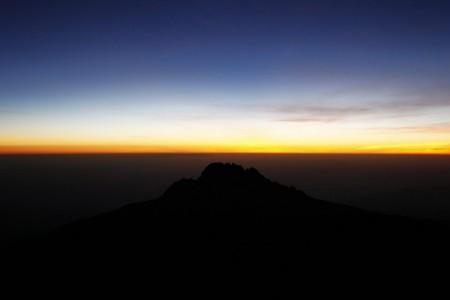 Blick vom Kilimandscharo bei Sonnenaufgang EPA/GERNOT HENSEL