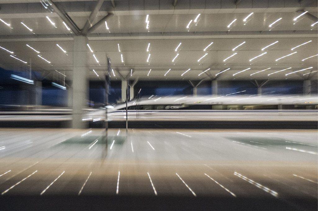 Hochgeschwindigkeitszug in Zhengzhou, China. (Keystone/EPA/Adrian Bradshaw)