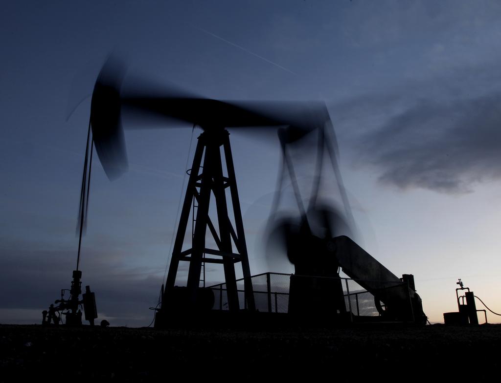 Ölpumpe nahe Greensburg, Kansas, USA (AP Photo/Charlie Riedel, File)