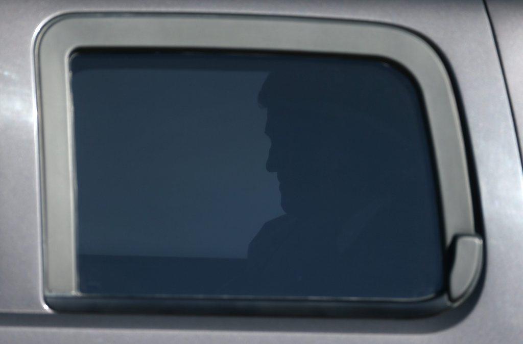 Der amerikanische Außenminister John Kerry in seinem Flugzeug, Moskau EPA/SERGEI ILNITSKY