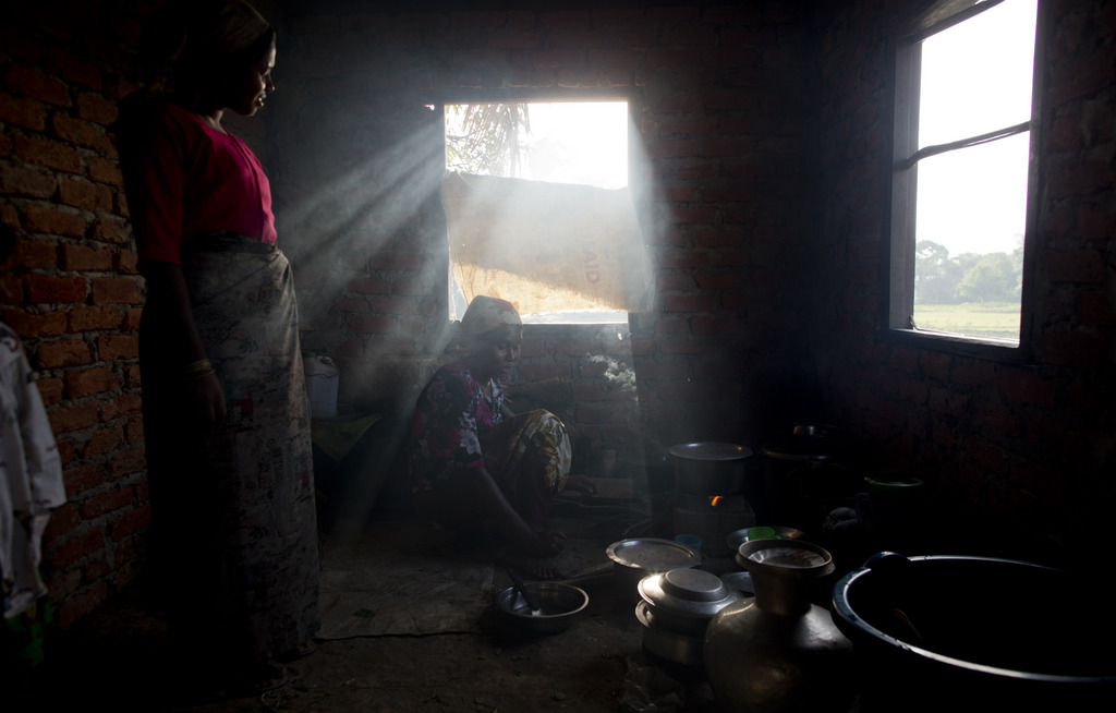 Auf der Flucht vor einem aufziehenden Tropensturm in Sittwe, Myanmar (Keystone/AP Photo/Gemunu Amarasinghe)
