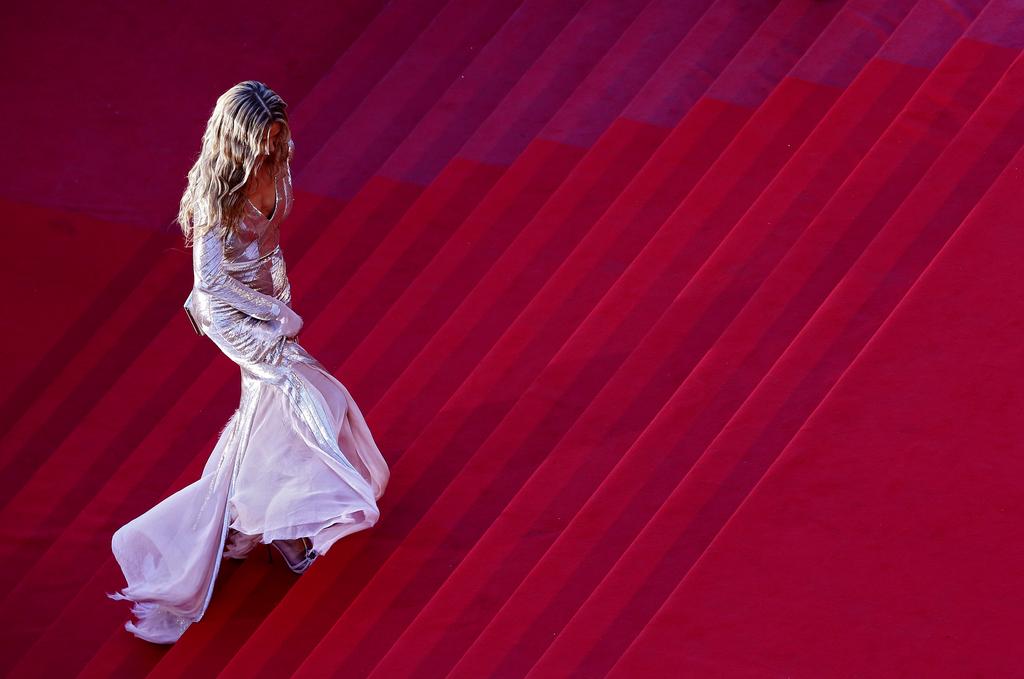 Petra Nemcova auf dem roten Teppich von Cannes, Frankreich (Keystone/AP Photo/Eric Gaillard)