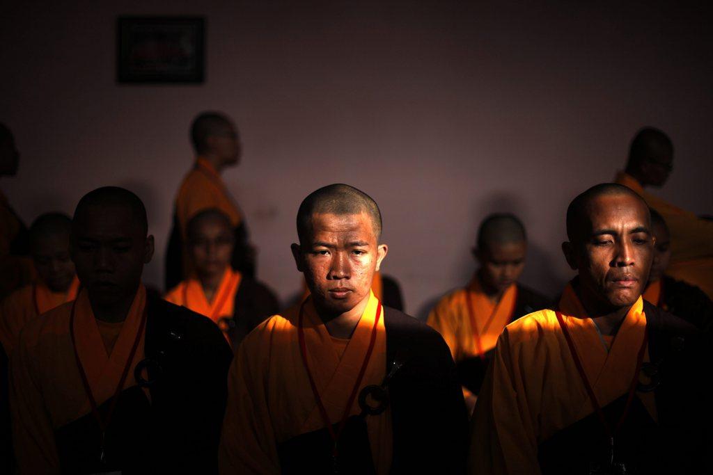 Buddhistische Mönche in Indonesien EPA/MAST IRHAM