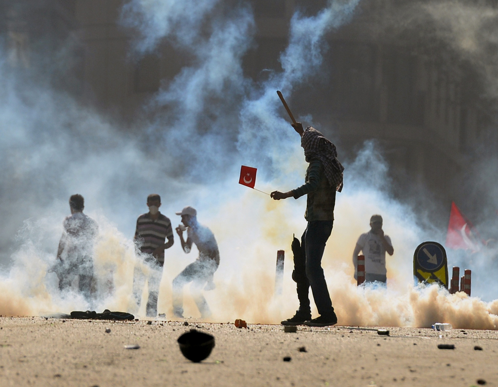 Türkische Demonstranten in Istanbul, Türkei (Keystone/AP Photo)