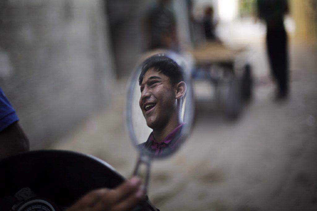 Der blinde Louay Soboh in Beit Lahia, Gazastreifen (Keystone/EPA/Ali Ali)