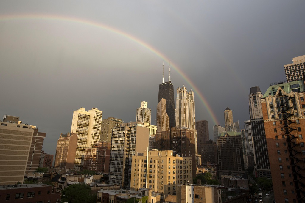 Regenbogen über Chicago, USA  (AP Photo/Scott Eisen)