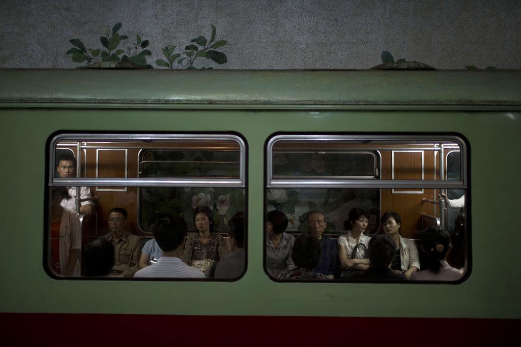 U-Bahn in Pjöngjang Nordkorea  (AP Photo/Alexander F. Yuan)