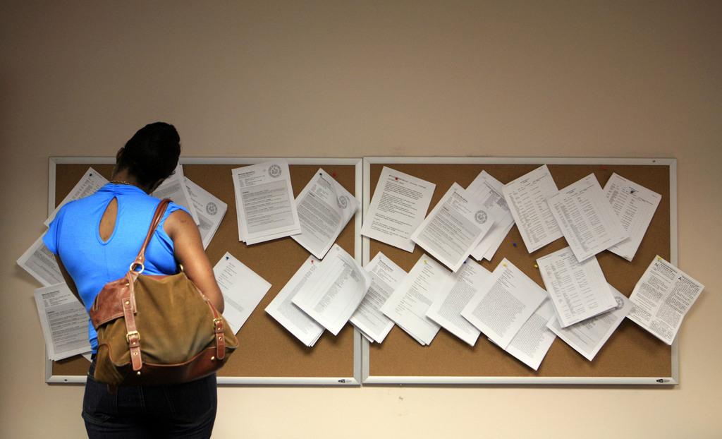 Auf Jobsuche in New York (Keystone/AP Photo/Mark Lennihan)
