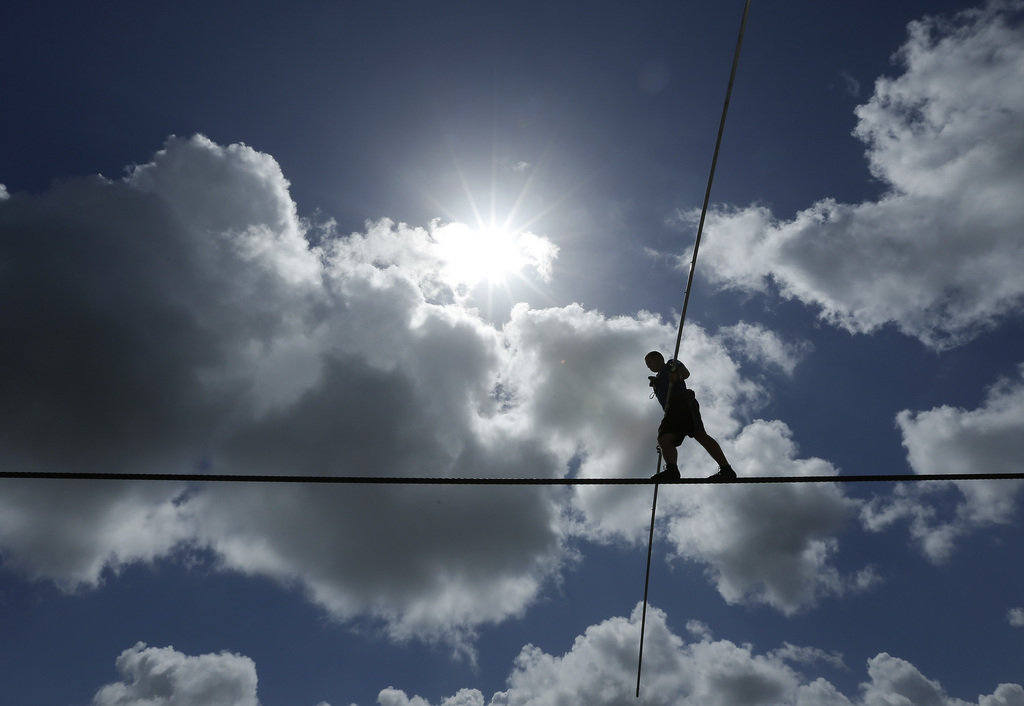 Drahtseilkünstler Nik Wallenda in Sarasota, USA (Keystone/AP Photo/Chris O'Meara)