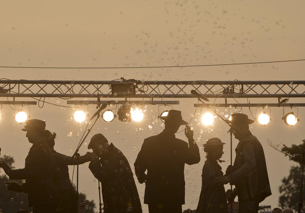 Theaterszene in Bukarest, Rumänien (AP Photo/Vadim Ghirda)