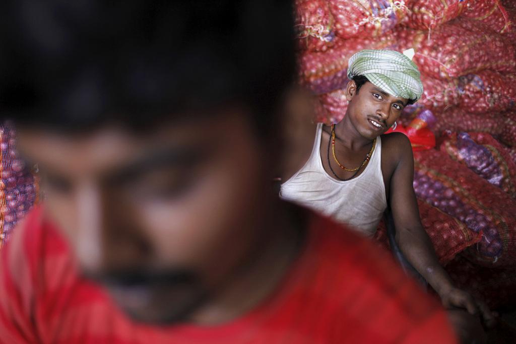 Szene auf einem Gemüsemarkt in Allahabad, Indien (AP Photo/Rajesh Kumar Singh)