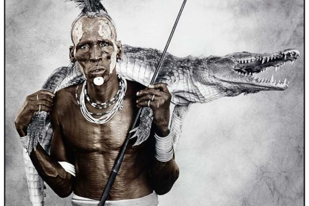 Biwa (44) with Crocodile, Karo Tribe, Ethiopia 2010; © Jan C. Schlegel / Courtesy of Bernheimer Fine Art Photography