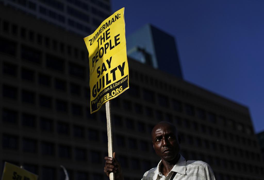 Demonstrant gegen das Urteil zum Tod von Trayvon Martin in Baltimore USA (AP Photo/Patrick Semansky)