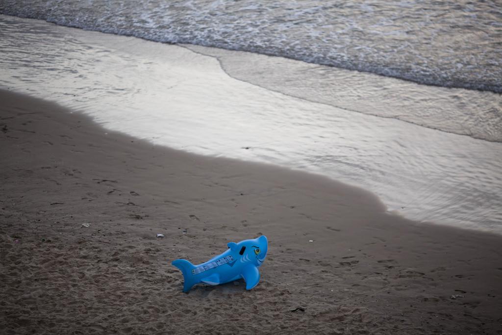 Am Strand vor Tel Aviv, Israel (Keystone/AP Photo/Ariel Schalit)