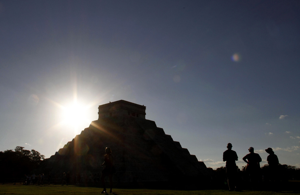 Sonnenuntergang hinter der Kukulkan Pyramide in Chichen Itza, Mexiko (Keystone/AP Photo/Israel Leal)