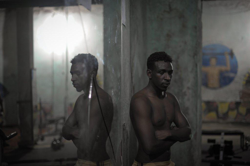 Porträt eines somalischen Gewichthebers, Mogadischu EPA/AU UN IST PHOTO / TOBIN JONES