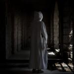 Eine Nonne im zerstörten Beit Gemal Kloster in der Nähe von Jerusalem, Israel (Keystone/AP Photo/Bernat Armangue)