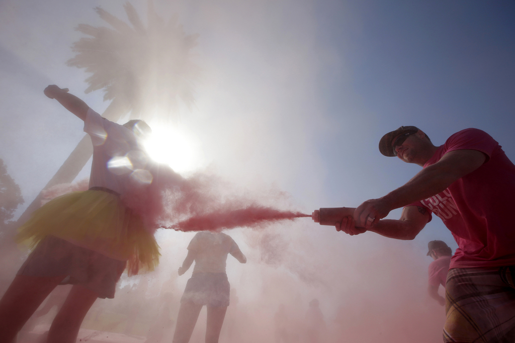 Beim «Color Run» in Sydney, Australien (Keystone/AP Photo/Rick Rycroft)