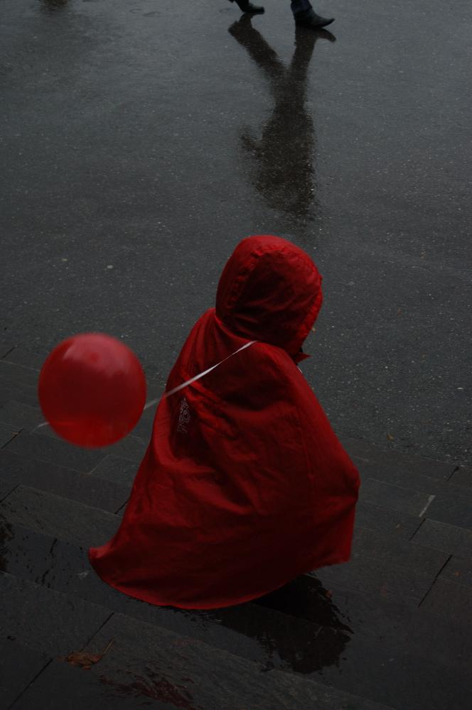 Leserfoto m dchen mit luftballon for Luftballons duisburg