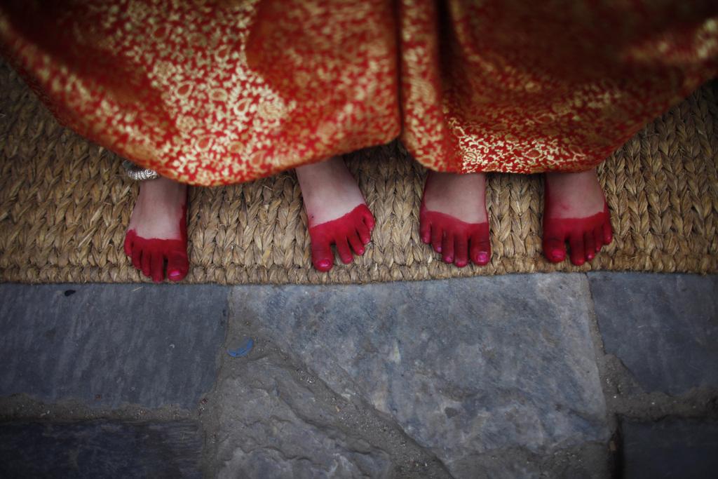 Nepalesische Mädchen bei einem religiösen Fest, Katmandu Nepal (AP Photo/Niranjan Shrestha)