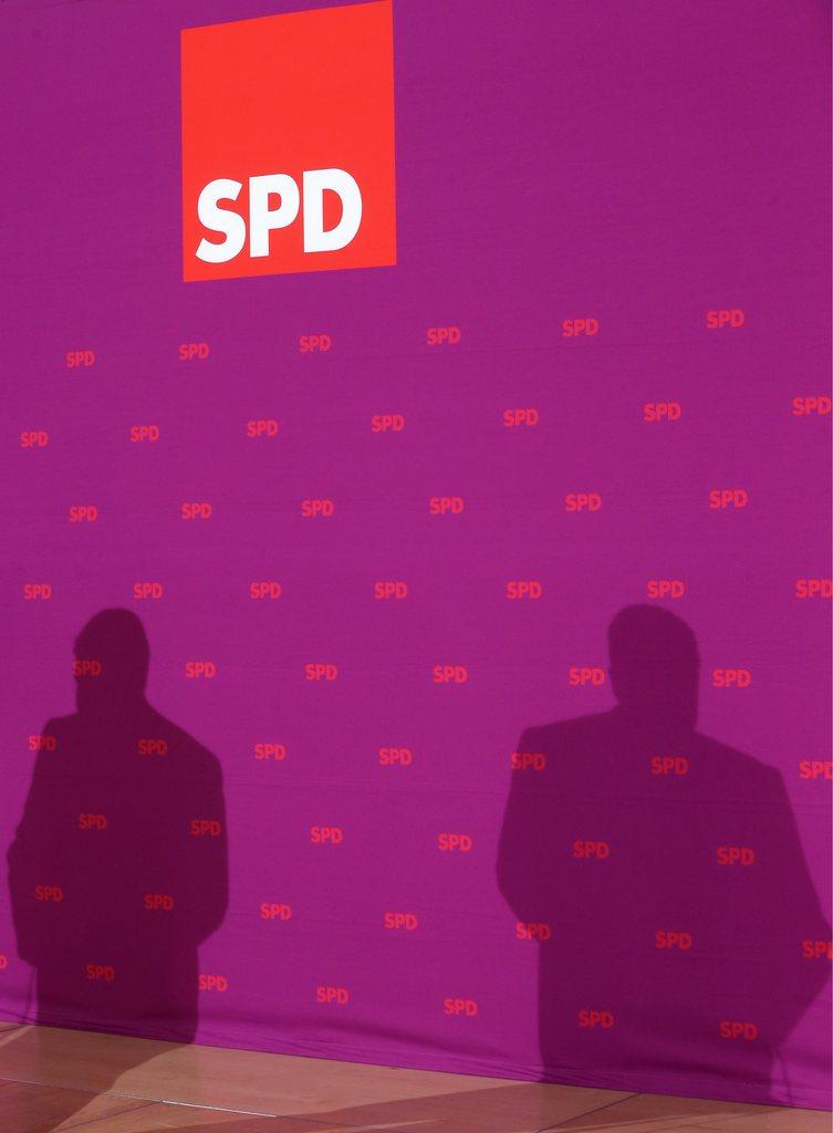 Schatten der SPD in Berlin (Keystone/EPA/Wolfgang Kumm)