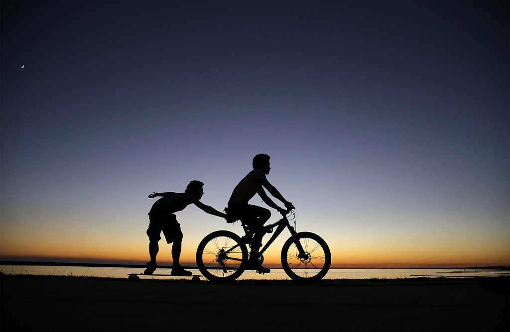 Spielende Kinder in Mandeville, USA (Keystone/AP Photo/David Grunfeld)