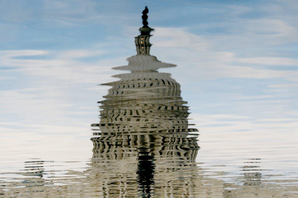 Das Capitol in Zeiten des Haushaltsstreites, Washington, USA (Keystone/EPA/Michael Reynolds)