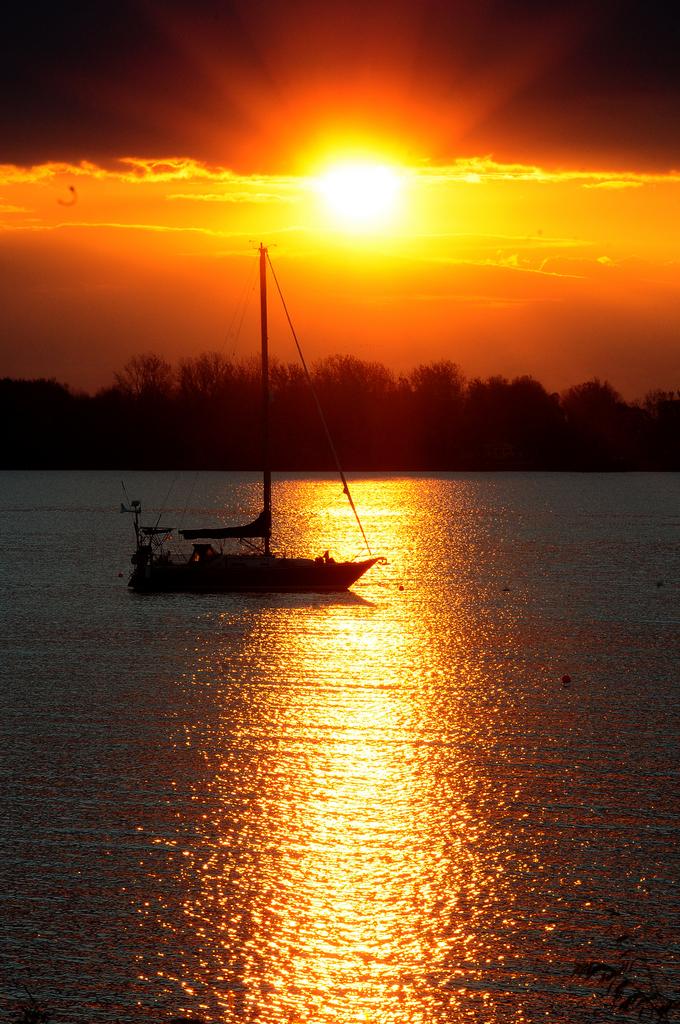 Der Morgen am Lake Champlain in Rouses Point, USA (Keystone/AP/Rob Fountain)