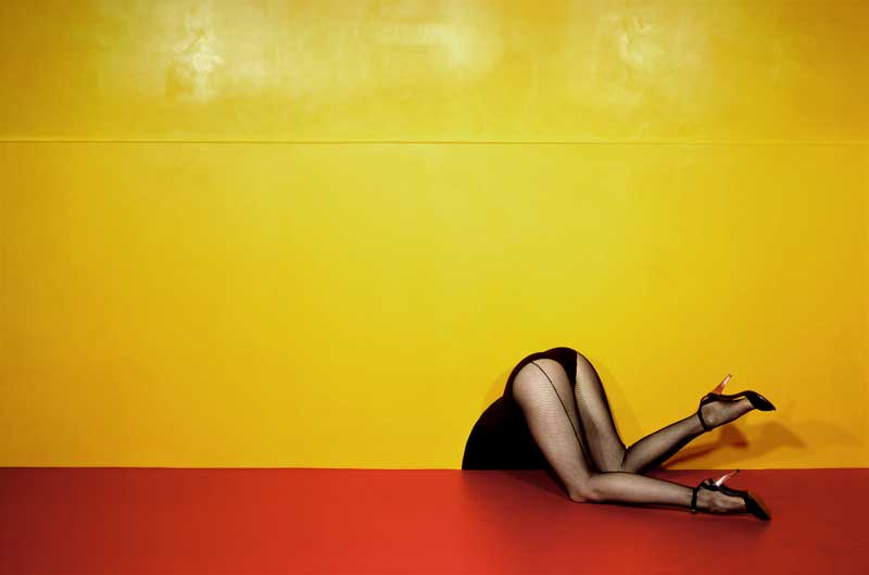 Guy Bourdin - Charles Jourdan – Frühjahr 1979 © Estate of Guy Bourdin