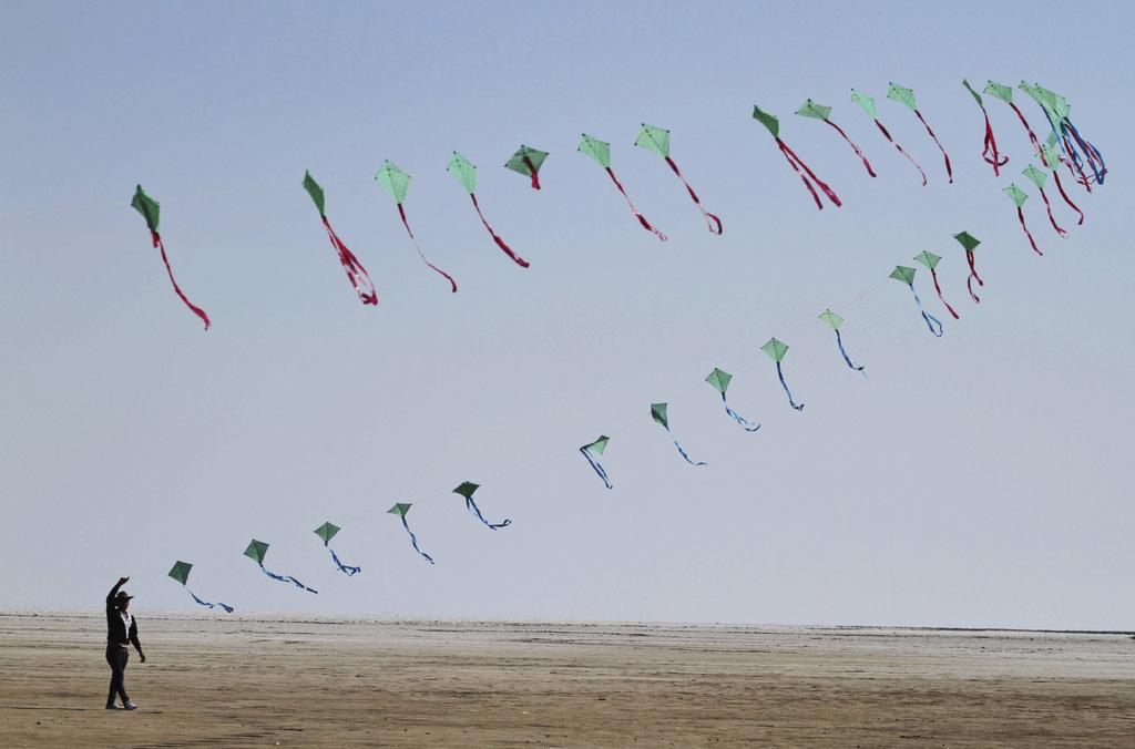 Drachenfestival in Ahmadabad, Indien (Keystone/AP Photo/Ajit Solanki)