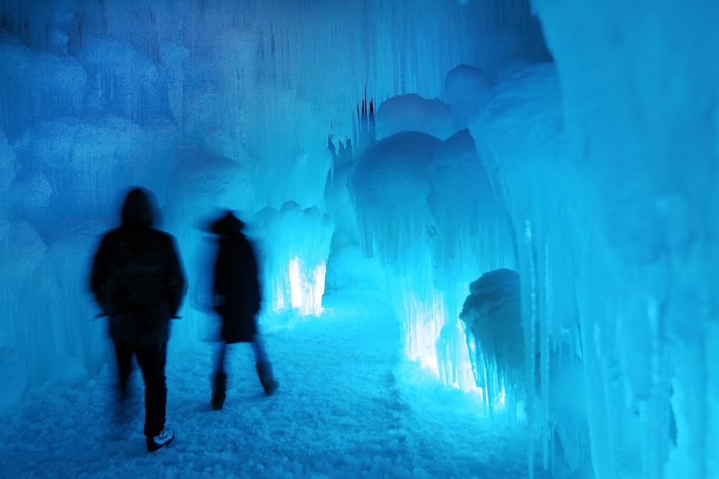 Eisschloss in Lincoln, New Hampshire, USA (AP Photo/Jim Cole)