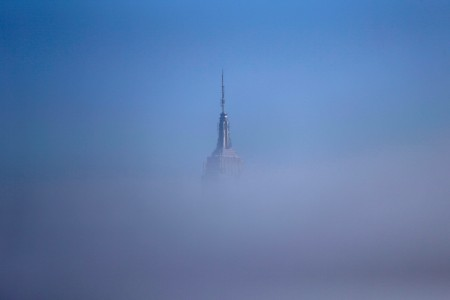 Nebel über New York, USA (Keystone/AP Photo/Julio Cortez)