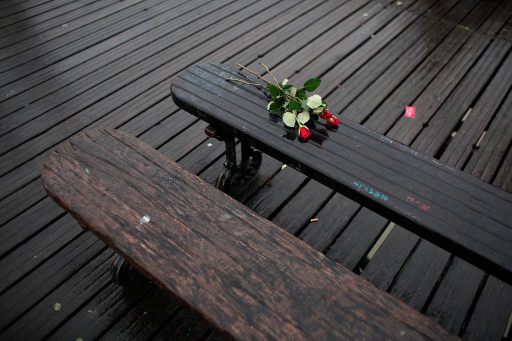 Valentins Tag in Paris, Frankreich (Keystone/AP Photo/Thibault Camus)